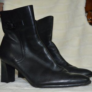 Women's Naturalizer Ankle Boots